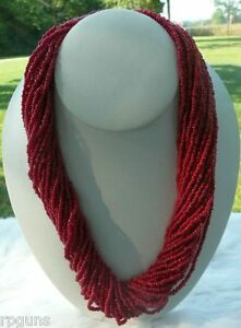 Beautiful-Red-Glass-Seed-Bead-30-Strand-Necklace-Tribal-Pow-Wow-Rendezvous