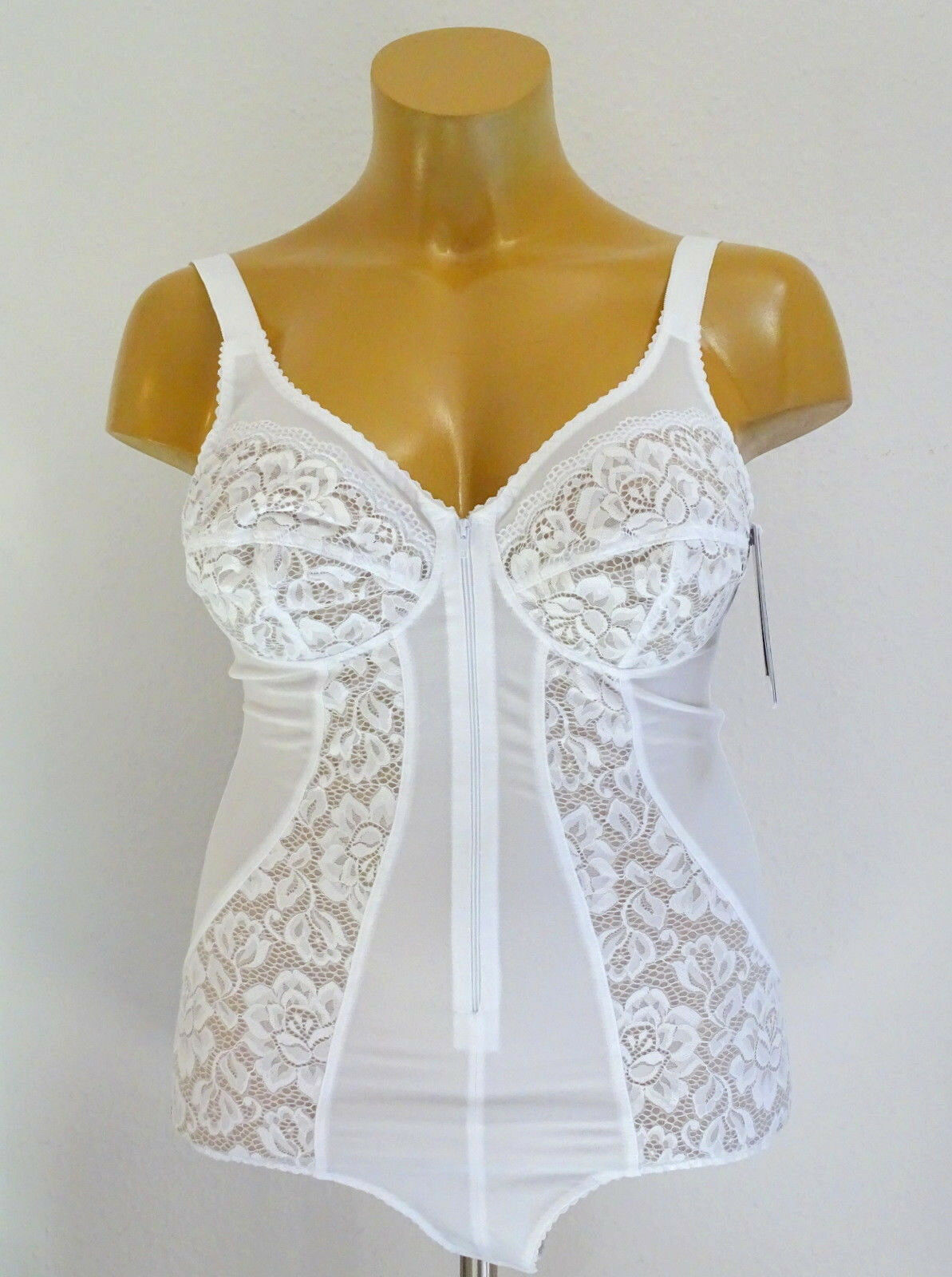 New plus Size Corset with Front Fastening without Wire White Gr.95, 110,115 E