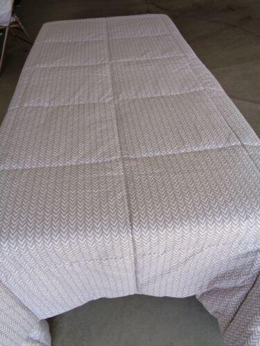 NWOT Sleep Number tan white down alternative full queen comforter