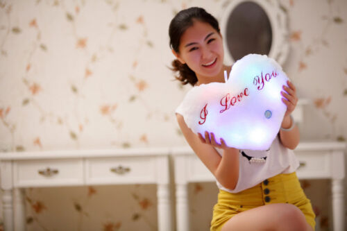 Romantic DEL Light Up Glow Heart Shape Cushion Soft Cosy Relax Plush Pillow Poison