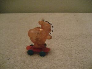 Vintage-Santa-Claus-On-Skateboard-Candy-Container-Plastic-Christmas-Decoration