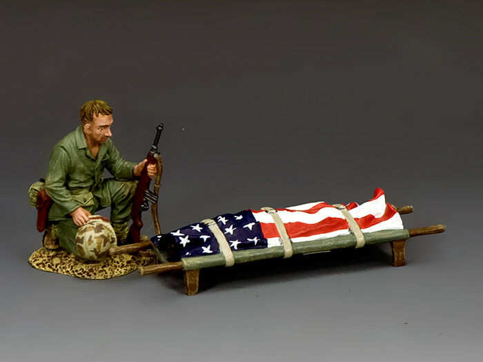KING & COUNTRY U.S.M.C. USMC033 U.S.M.C. FALLEN COMRADE MIB
