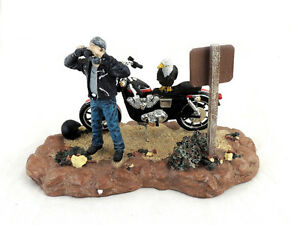 NEW Harley Davidson EAGLE LOOKOUT Ertl Statue Sculpture