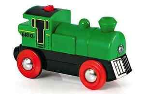 Tren-de-madera-Locomotora-de-bateria-Brio-Speedy-Verde-33595-NUEVO