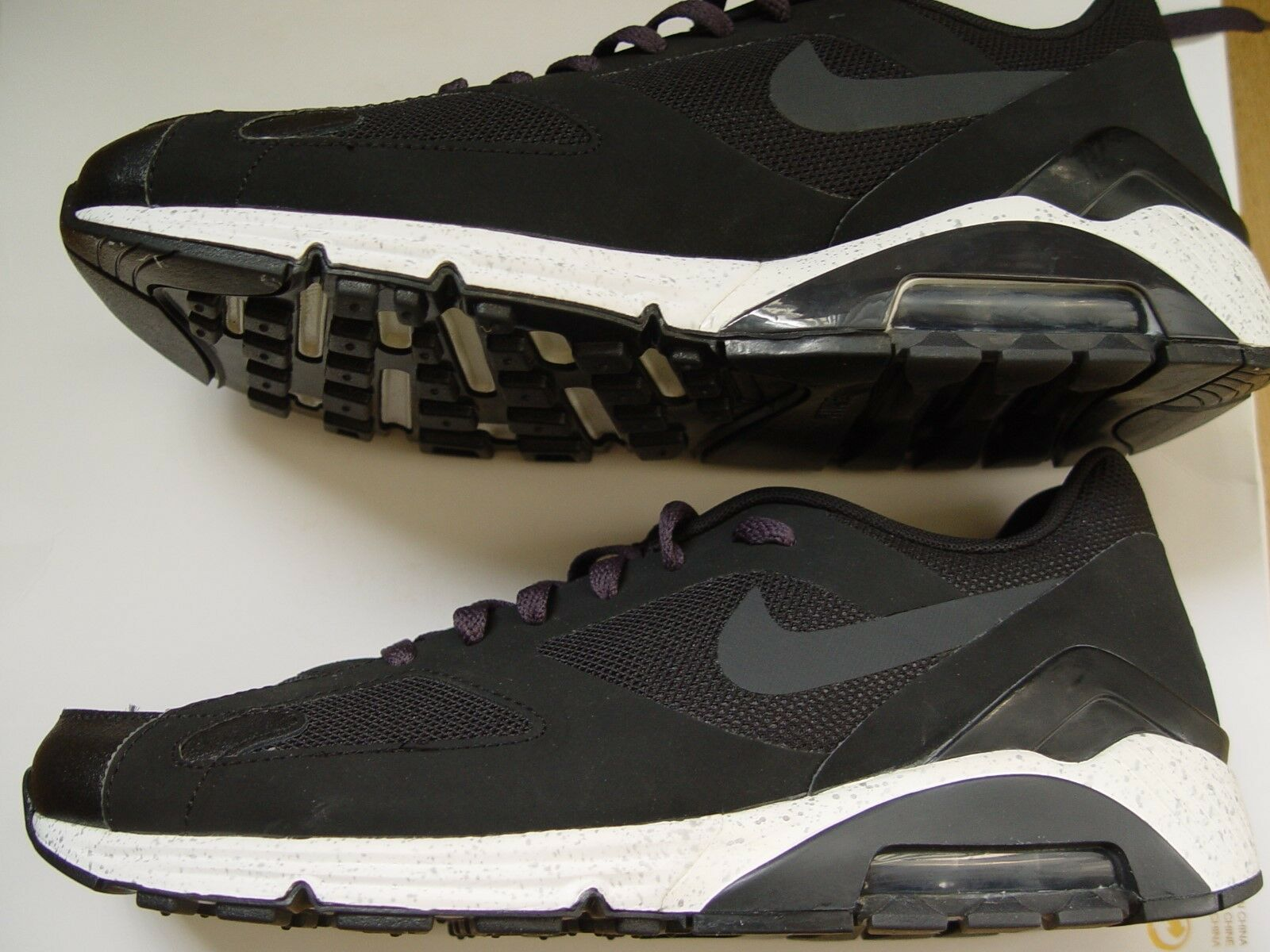 NEW NIKE AIR MAX 180 OREO 615589-001 SIZE 44. ONLY PAIR ON EBAY. VAPORMAX.