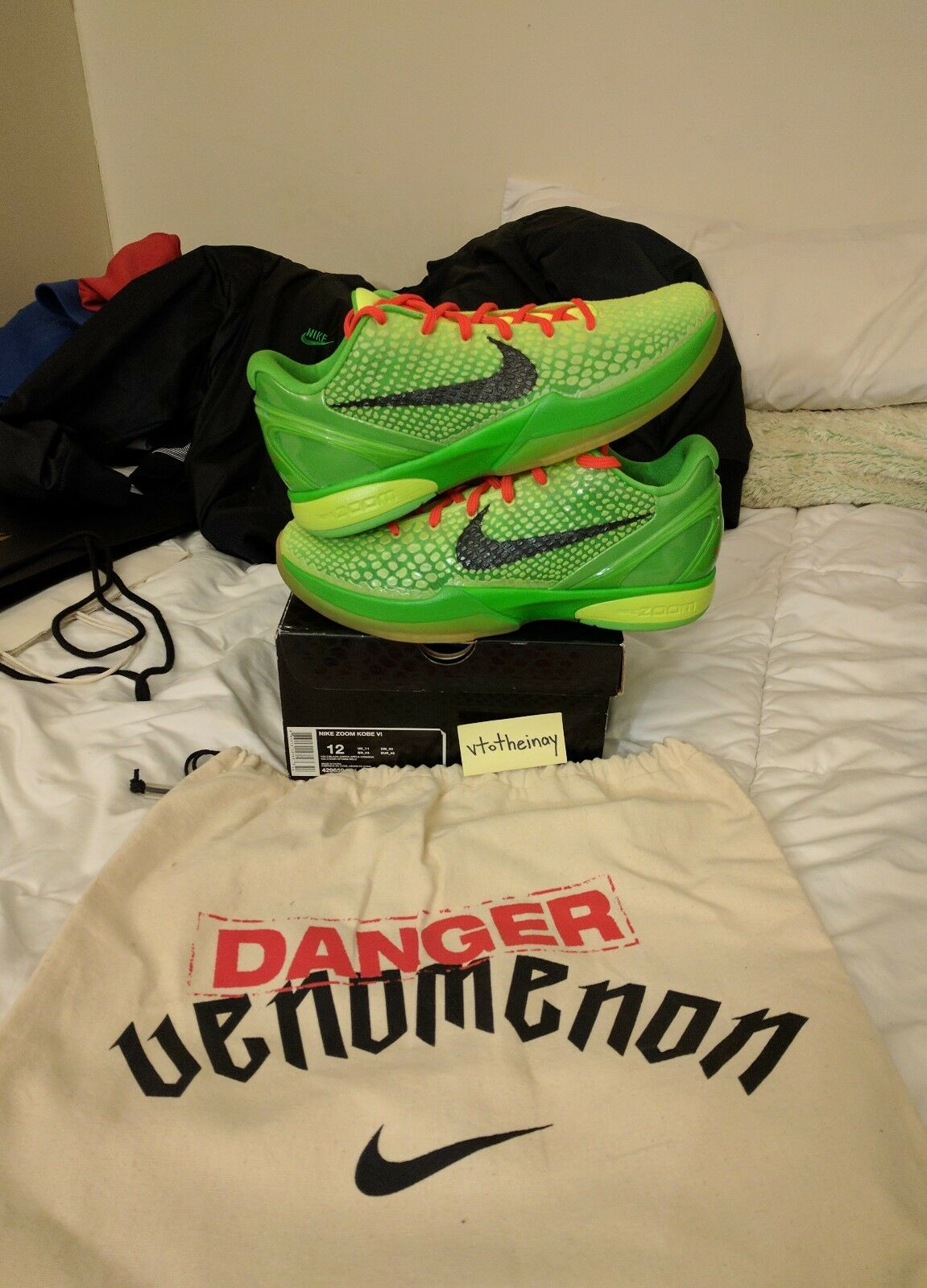 Nike Zoom Kobe 6 grinch DS sz 12 venomenon courtside special edition pack 1/24