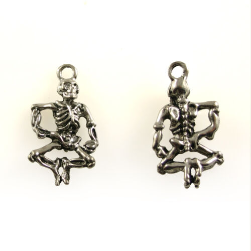 5 Lead Free Antique Silver Tone Pewter Charms Dancing Skeleton