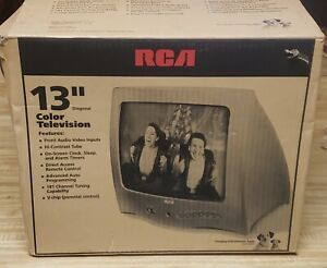 NEW RCA 13 inch Color CRT TV Model:13V400T Retro Gaming Gamer White