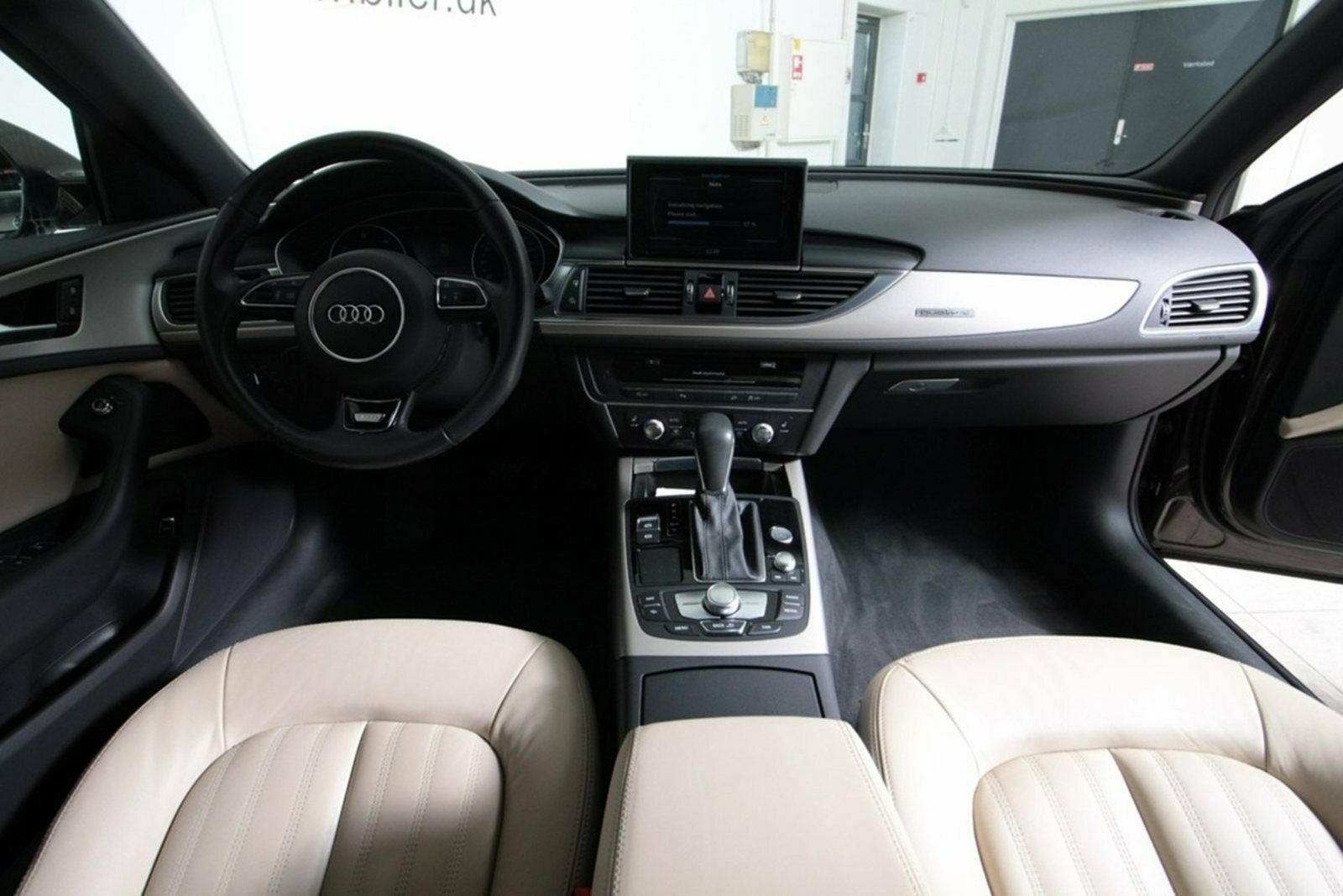 Audi A6 allroad TDi 218 quattro S-tr. Van