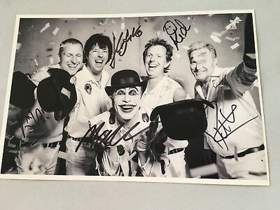 Pete Dee Monkey' In-person 2018 Signed Autograph 8 X 12 Strong-Willed The Adicts 'kid Dee