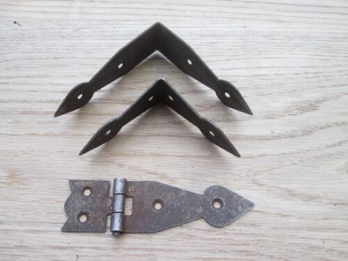 Ornate coffre de coffre coffret armoire cabinet corner brace angle plaques charnière