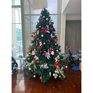 Massive-Christmas-tree-c-10-12-foot