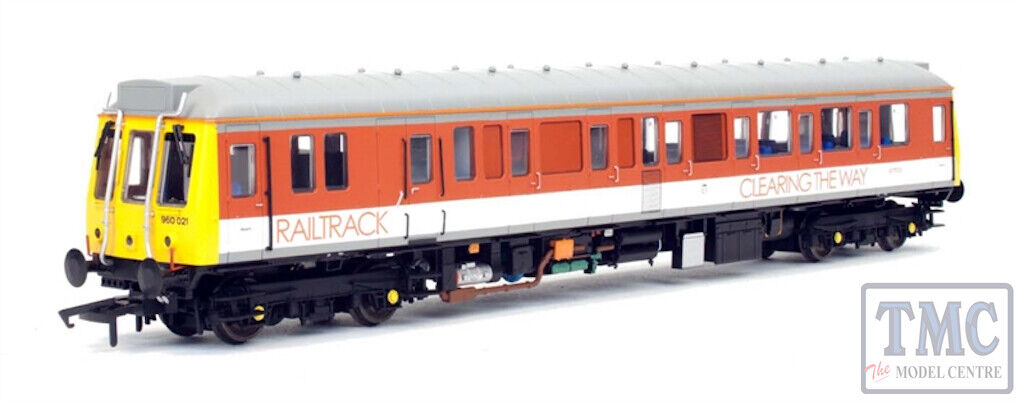 4D-009-009 Dapol OO Gauge Class 121 Single Car DMU 'Bubblecar' 977723