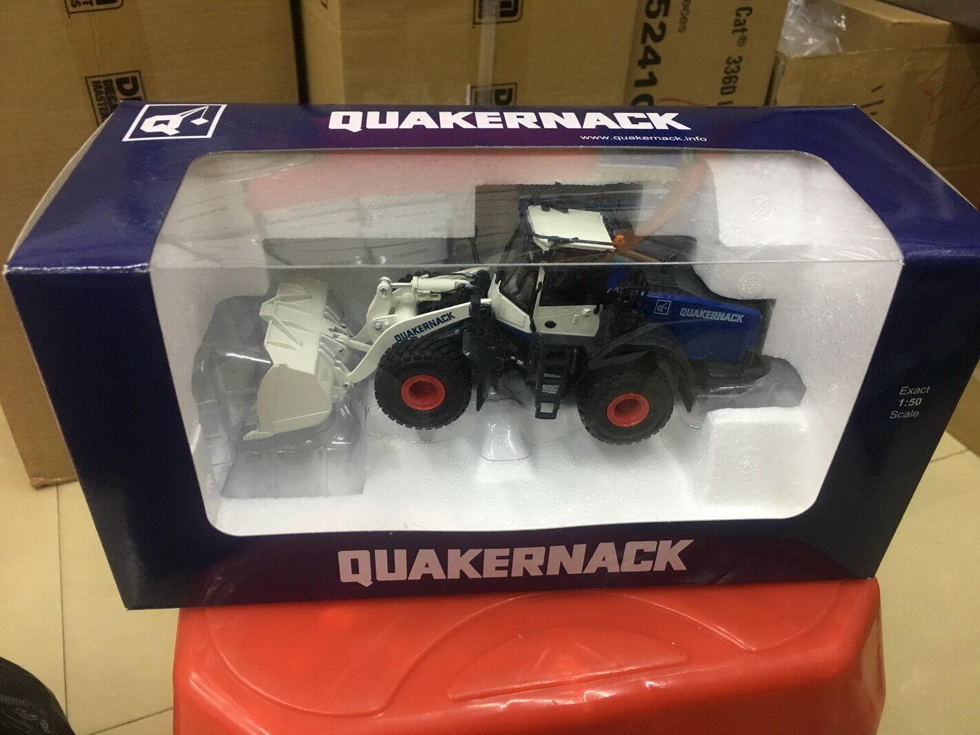Universal hobbies 1 50 Quakernack Wheel Loader DIECAST MODEL UH8116