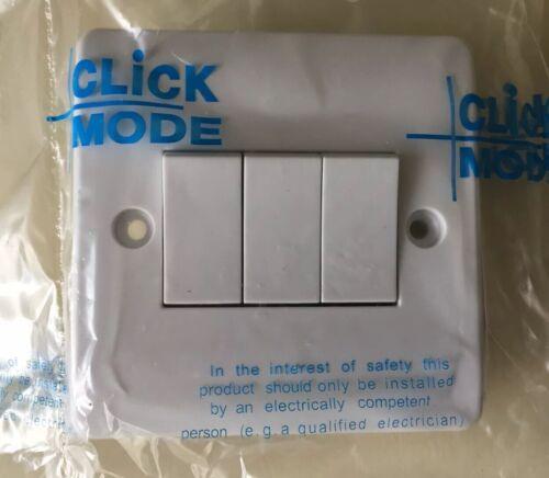 3 Gang 2 Way Light Switch3G 2W White Plate SwitchClick CMA013