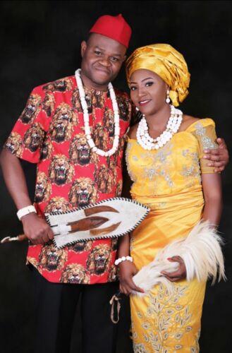 Ogbuefi fatto a mano Igbo Tradizionale Rosso Lana Cap Testimoni dello sposo festa INCORONAZIONE