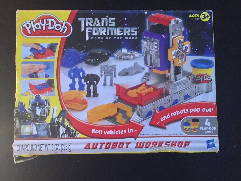 The New series DOH Transformers the Dark Moon taller de Autobots 2010