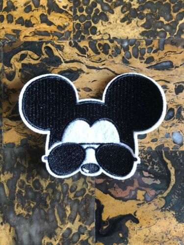 "1 Cool Mickey Mouse Aviator Glasses Iron On Sew On Patch 2.5/"" L x 3.25/"" W Craft"
