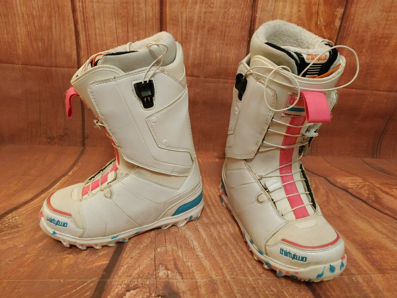Women's snowboard boots size 5.5 THIRTYTWO LASHED FT  London 976  fast shipping