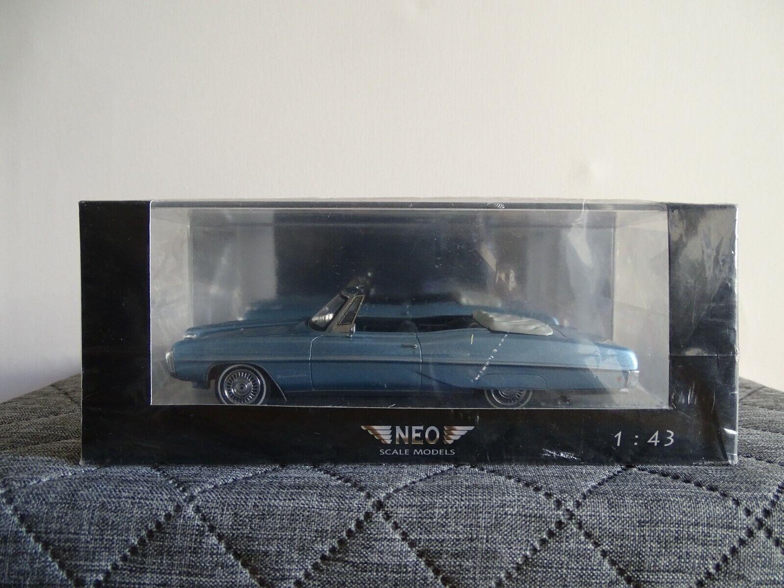 1 43 Neo  44111 Pontiac Bonneville Cabrio Blu Metallizzato