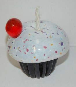 Vanilla-Cupcake-Paperweight-By-Caithness-Glass-Perfect-For-A-Birthday-Present
