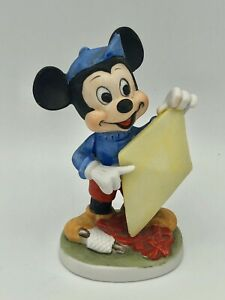 VINTAGE-Mickey-Mouse-Walt-Disney-Kite-Flying-Porcelain-Figurine
