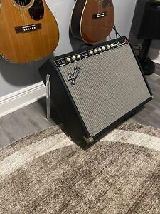 Fender Custom Vibrolux Reverb Amp.