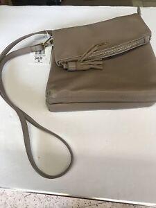 David Jones Travel Everyday Crossbody Pocket Messenger Bag