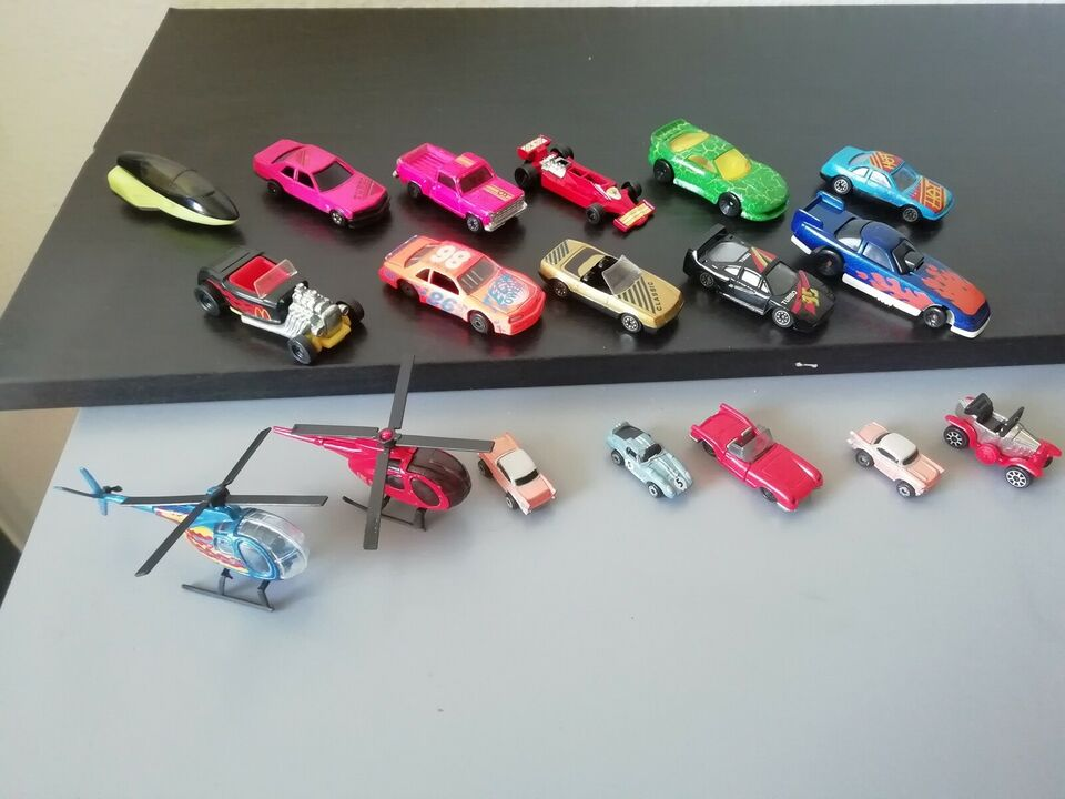 Andet legetøj, 20 biler, 2 helikoptere