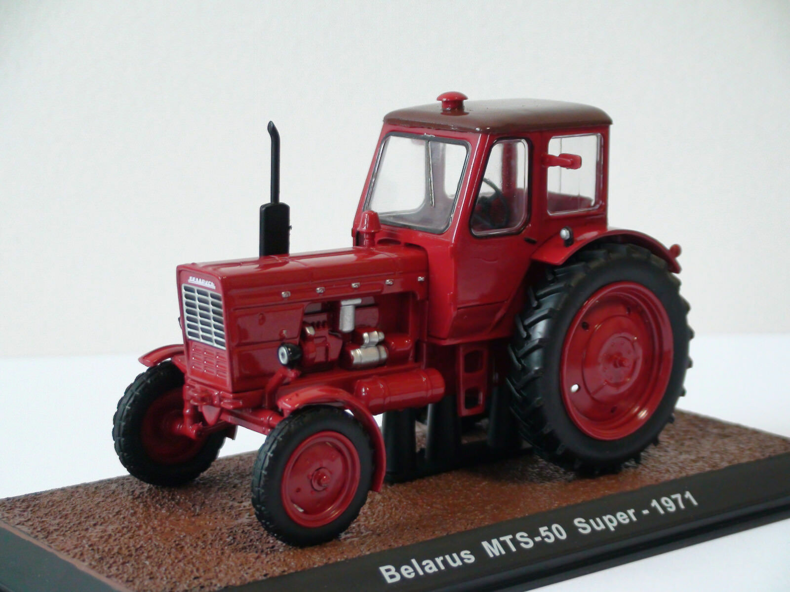 RARE  Belarus MTS-50 Super 1 32 Atlas Editions Tractor. Beautiful details