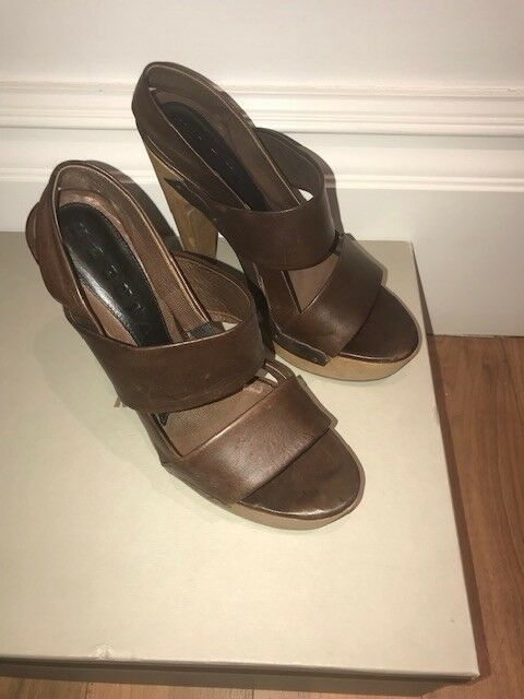 MARNI Marron Chocolat Chaussures en cuir taille 39