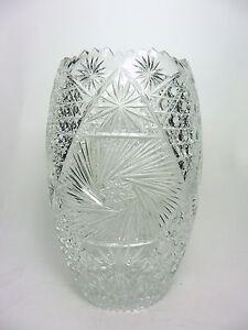 Vintage-Crystal-Vase-Cut-Glass-Artist-Signed