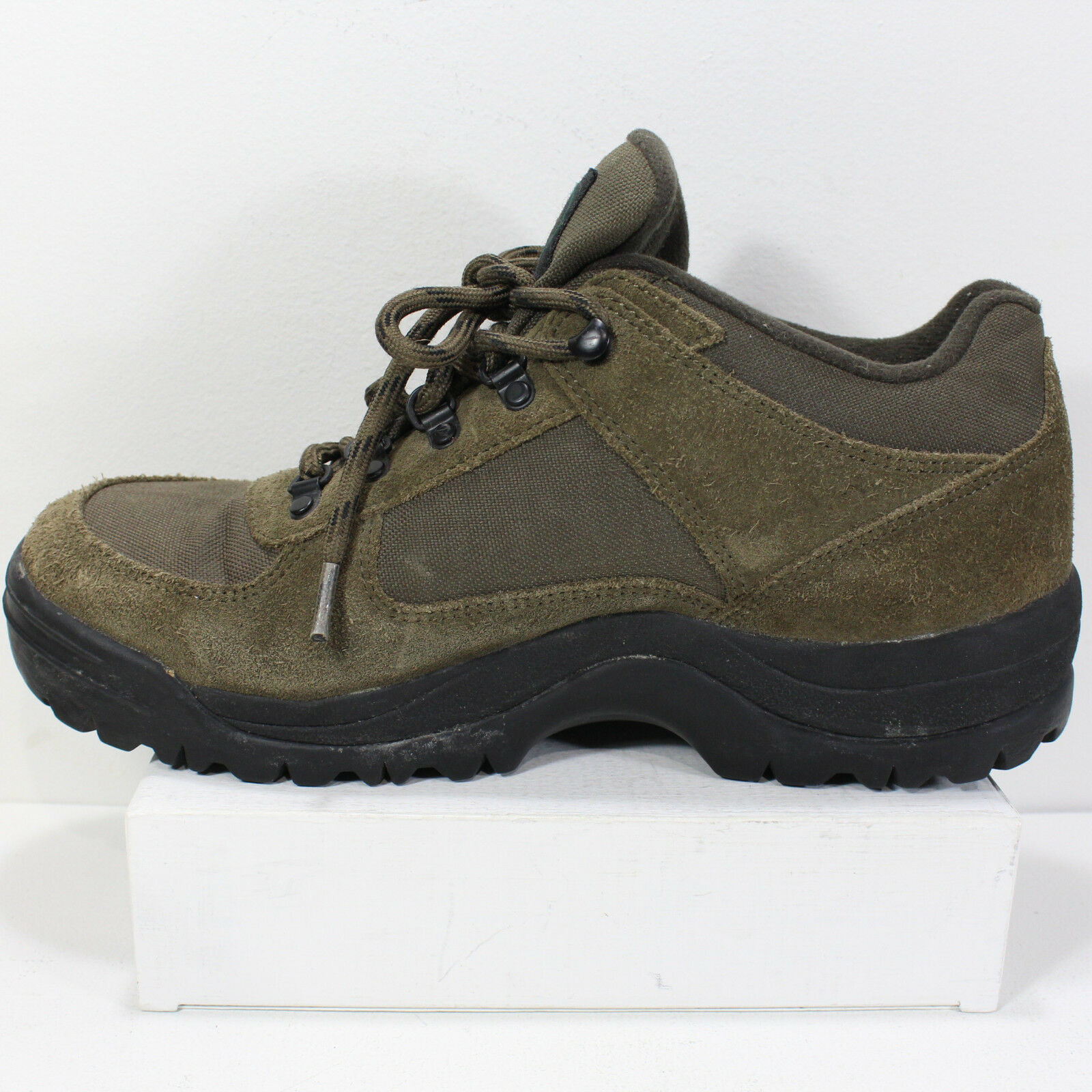Mens 10.5 M Vasque Talus Trek Walking Hiking shoes Low Boots Lace-Up OD Green