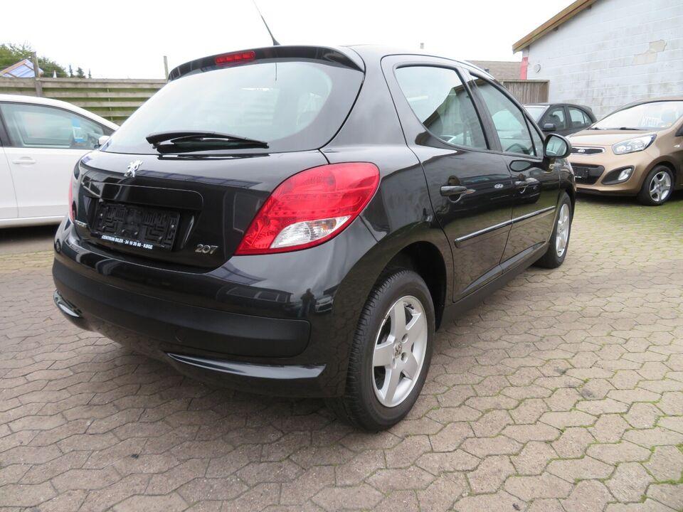 Peugeot 207 1,4 VTi Comfort+ Benzin modelår 2011 km 90000