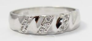 14k-White-Gold-Unique-Ladies-Band-Ring
