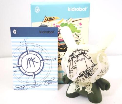 """Kraken Jon-Paul Kaiser JPK GID Kidrobot Designer CON DCON 3/"""" Dunny Figure"""