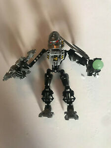 Complete with Weapons Hero Factory Villain Warrior Lego 7157 THUNDER