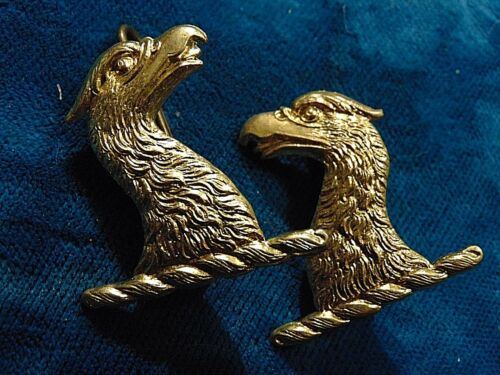 pair CANADA Canadian Armed Forces 48th HIGHLANDERS eagle collar badges
