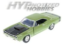 MOTOR MAX 1:24 1969 DODGE CORONET SUPER BEE DIE-CAST GREEN 73315