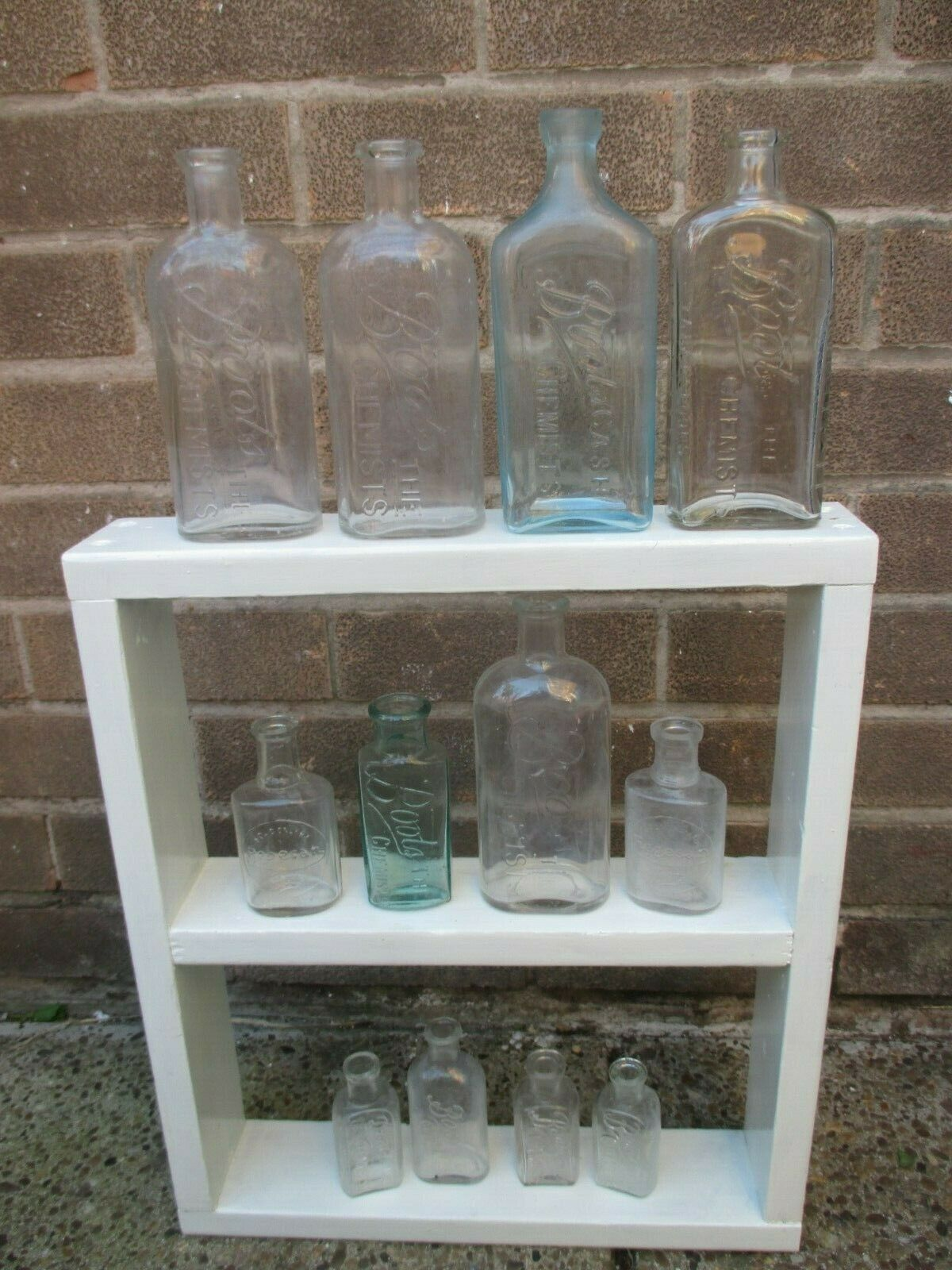 Stiefel CHEMISTS JOB LOT VINTAGE APOTHECARY BOTTLES SMOOTH LIP OLD VASES WEDDING