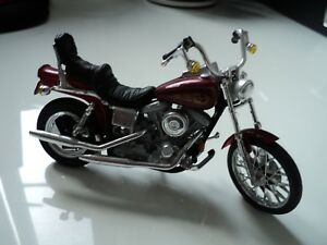Maisto Harley Davidson motorcycle collection 1:18 - Code 17a (model