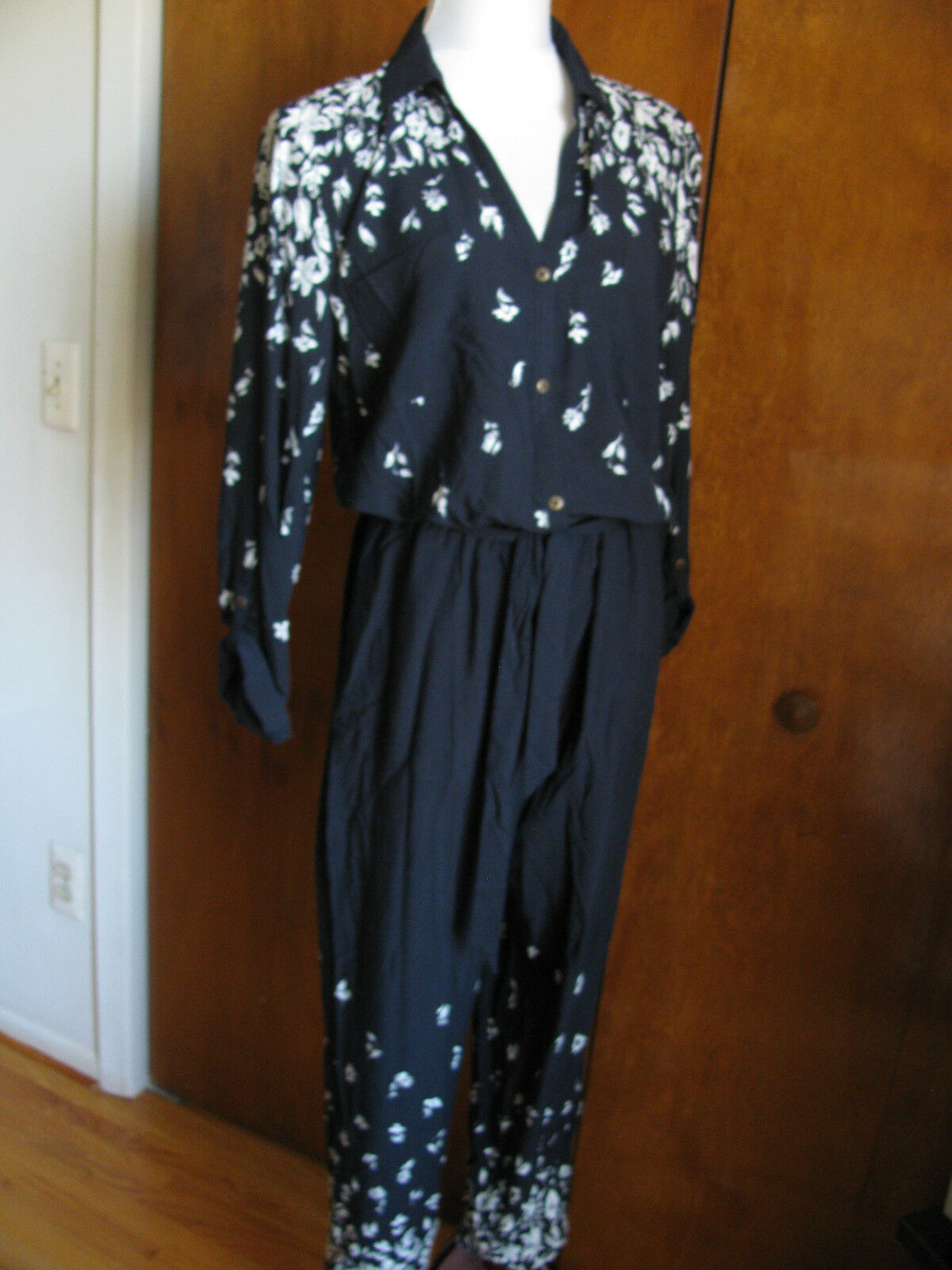 Anthropologie Lilka Women's Floral Printed Jumpsuit Long Sleeve Sz XS,S,M,L NWT