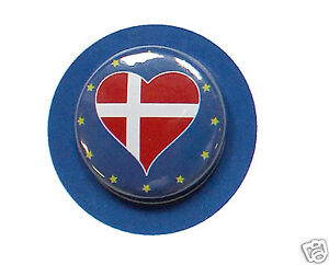Aimable 2 Badges Europe [25mm] Pin Back Button Epingle Danemark