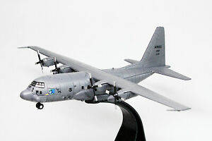 1-200-Scale-1995-Lockheed-AC-130A-Gunship-Aircraft-USAF-Diecast-Model