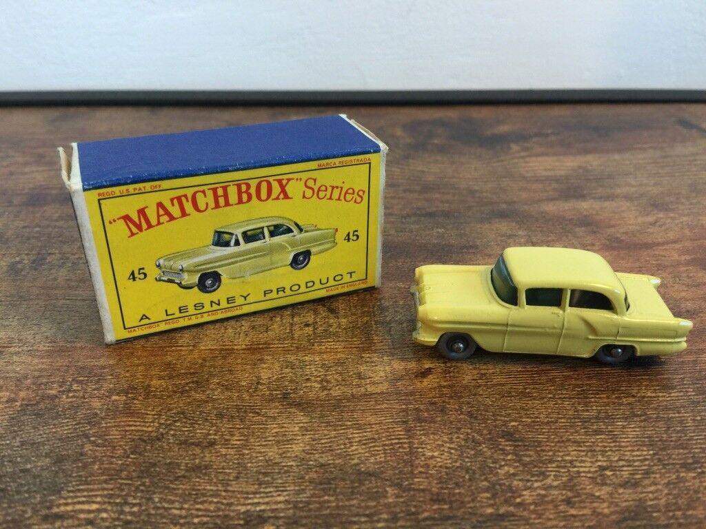 Lesney MATCHBOX N. 45 Vauxhall Victor Grigio Ruote