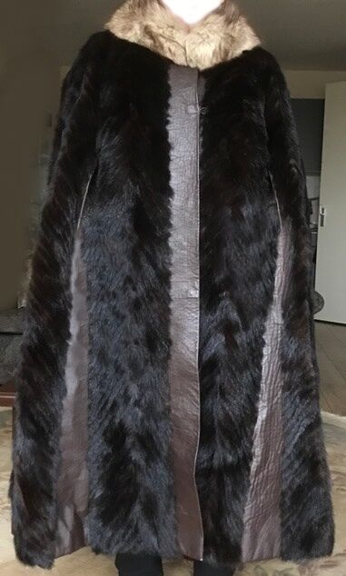 Luxurious Vintage MINK MINK MINK COAT (fur cape, full length) with brown leather strips 8dadf4