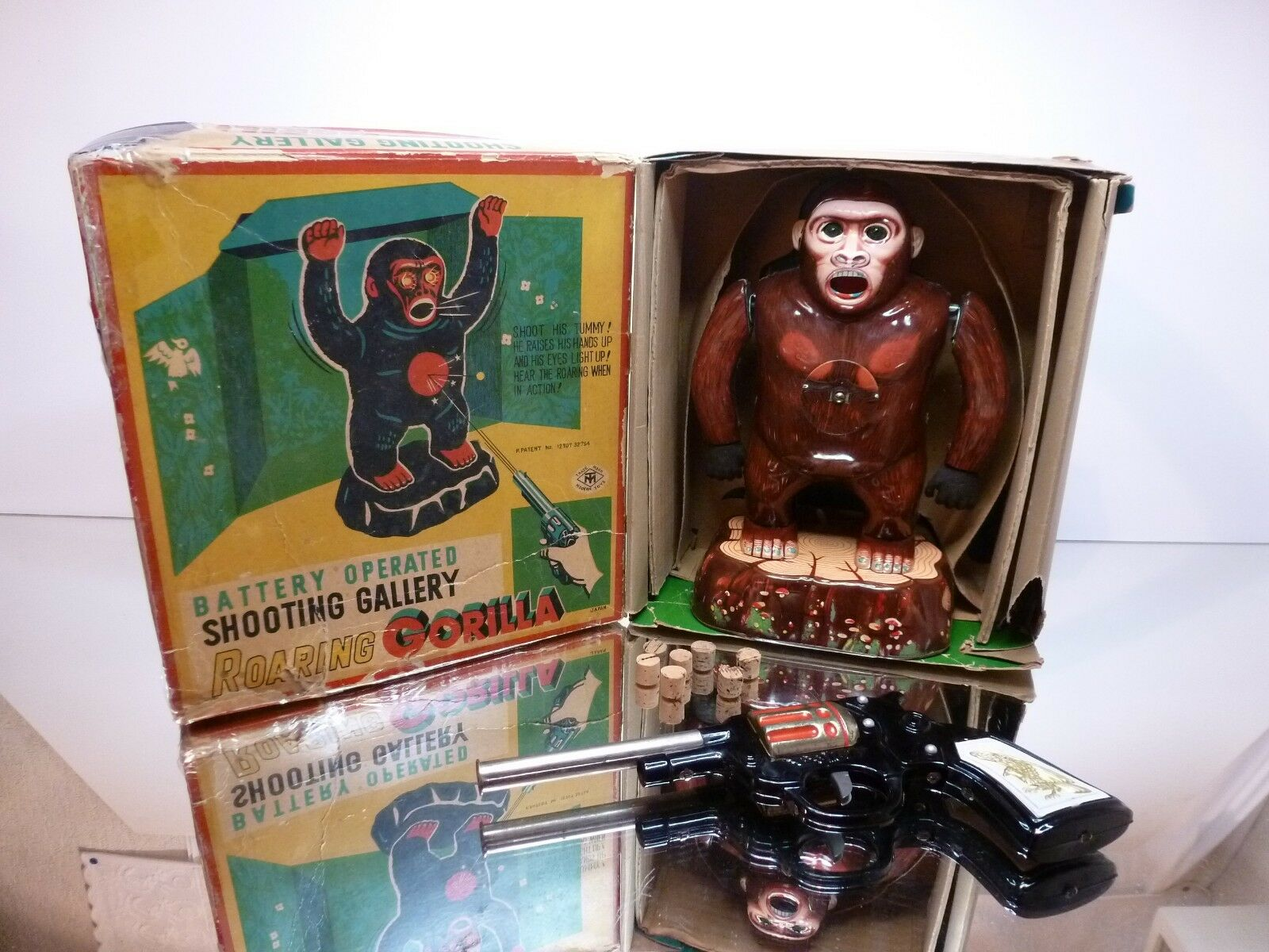 MT MODERN TOYS ROARING GORILLA  SHOOTING GALLERY - EXTREMELY RARE - GOOD IN BOX