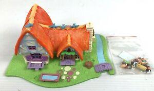 MATTEL-Polly-Pocket-1995-Disney-Snow-White-And-The-Seven-Dwarfs-House