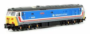 Dapol-2D-002-003-N-gauge-Class-50-Diesel-Loco-50037-039-Illustrious-039-NSE-Blue