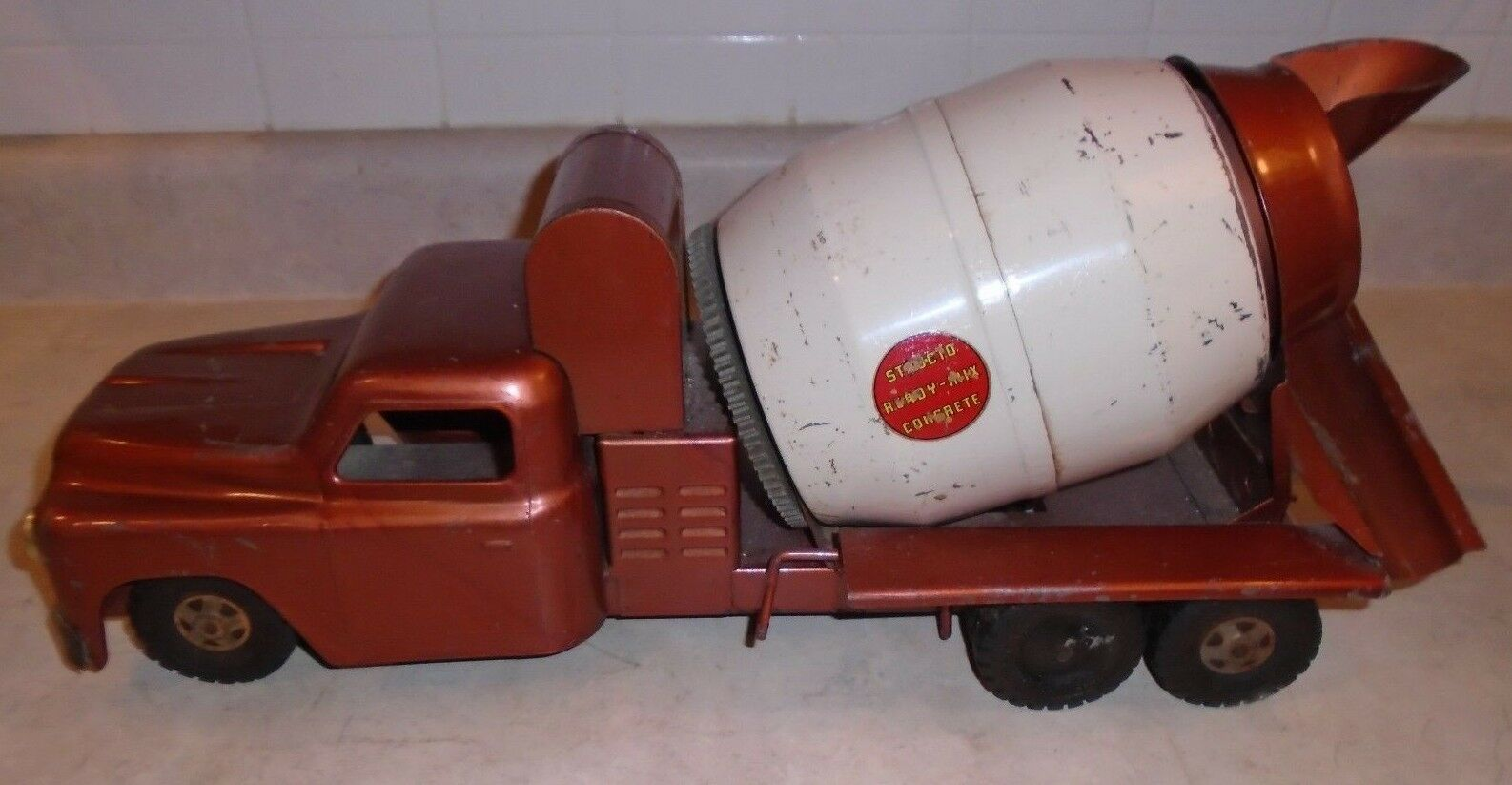 1950s Bronze Structo Truck Ready-Mix Concrete, Pressed Steel Great Condition
